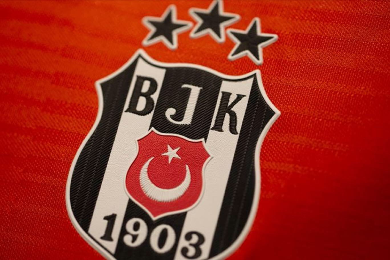 Beşiktaş'ta, üç futbolcu koronavirüse yakalandı