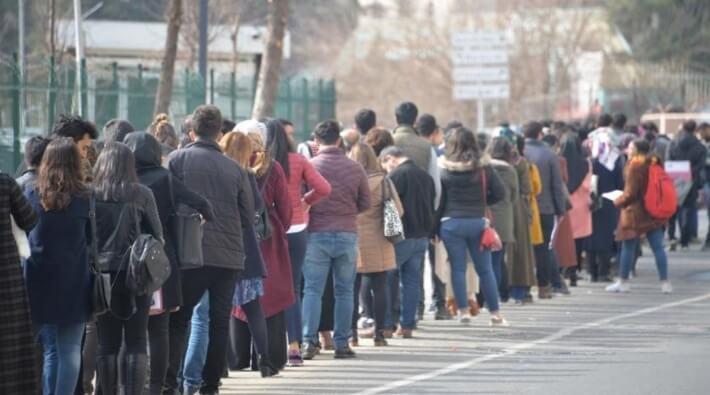 Adana Büyükşehir Belediyesi'nin açtığı 200 kişilik iş ilanına 52 bin başvuru geldi