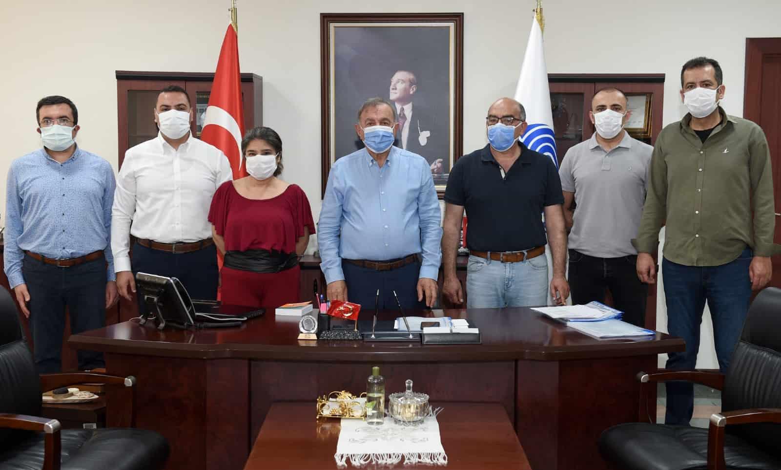 Seyhan'da Kamu Çalışanlarına da '1 MAYIS' İkramiyesi