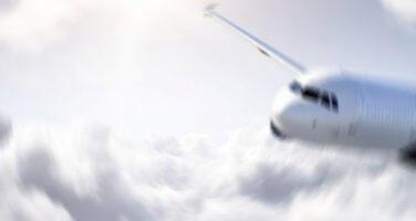 Rusya'da 28 kişinin bulunduğu uçak denize düştü